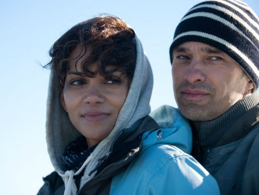 Halle Berry and Olivier Martinez in Dark Tide. (Lionsgate)